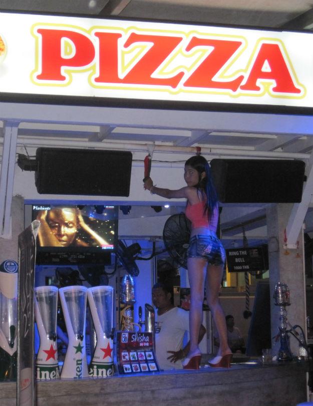 patong pizza girl