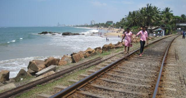 mt lavinia tracks