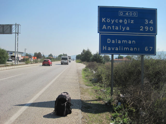 turkey road sign